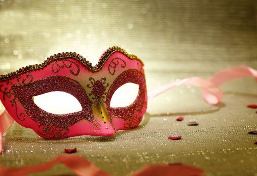 Vampires et danseuses à gogo : les meilleures fêtes d'Halloween au monde