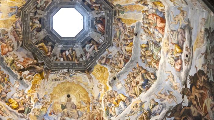 La fresque spectaculaire du dôme d'Il Duomo a été conçue par Giorgio Vasari.