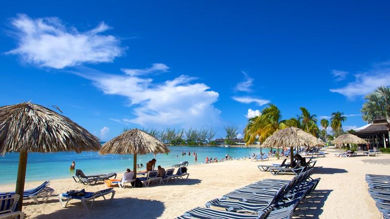 Ocho Rios, Jamaïque Bibliothèque d'images Viewfinder d'Expedia.com Image utilisée avec l'autorisation de Tourism Media