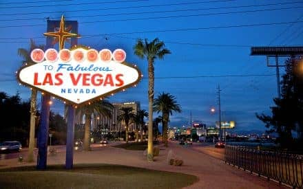 How to Celebrate Your 21st Birthday in Vegas
