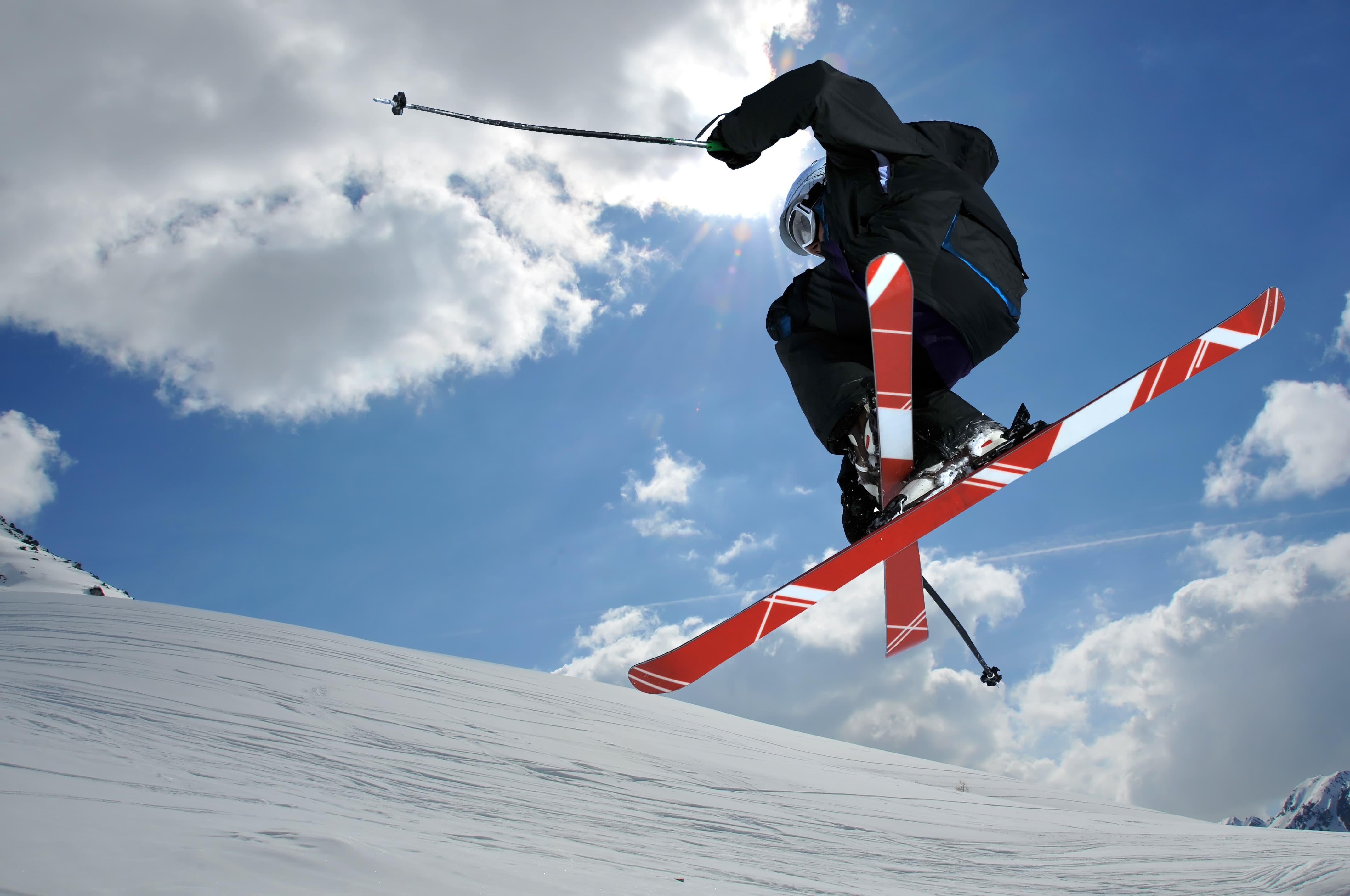 Top Ski Locations in Canada