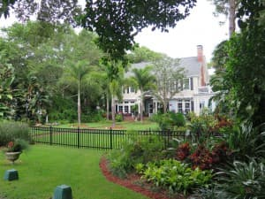 Victoria St. in Dunedin runs along the Intracoastal Waterway and features lovely homes. A great place for a walk or bike ride.