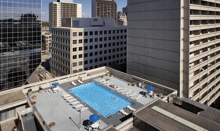 Delta Winnipeg rooftop