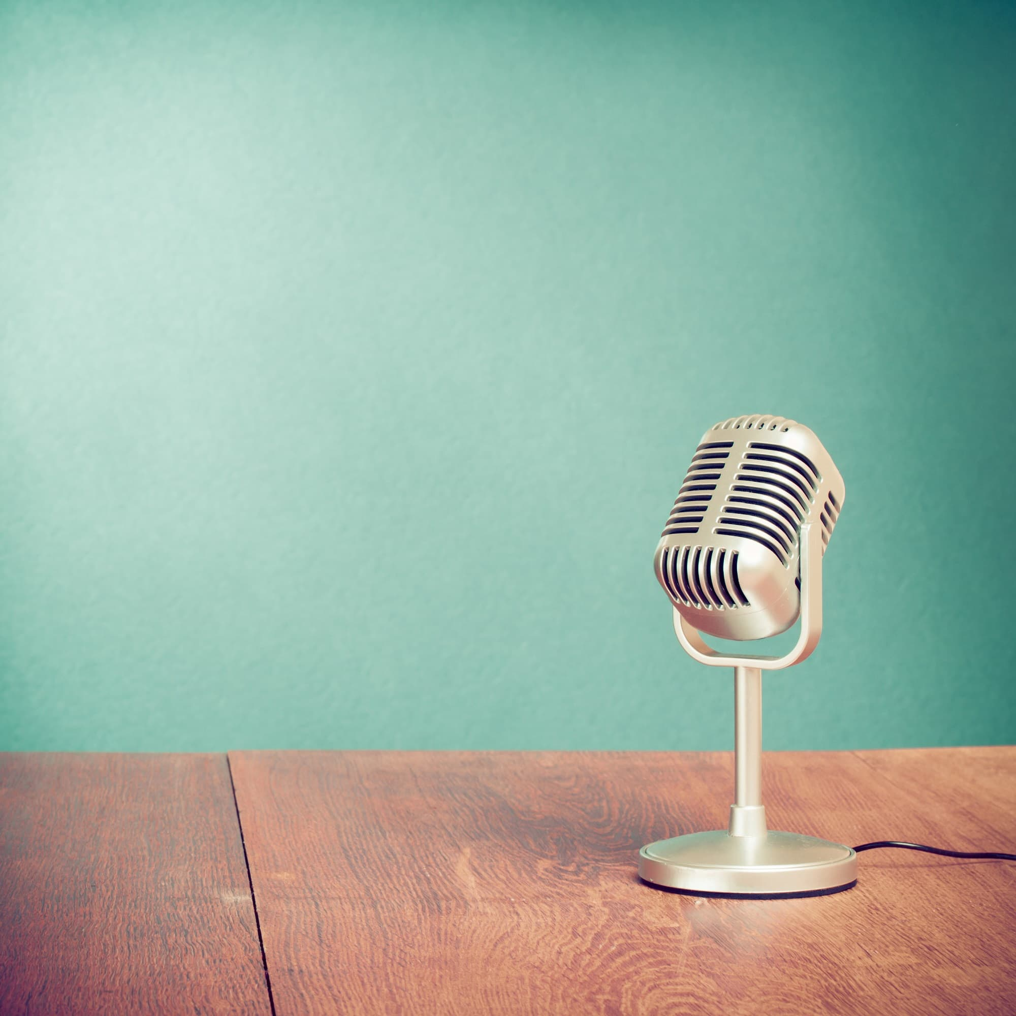 w33-1-Vintage Microphone