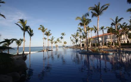 Cancun vs. Cabo: A Look at Two Great Mexico Destinations