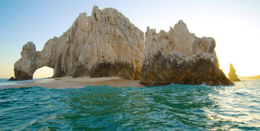 L'Arc de Los Cabos