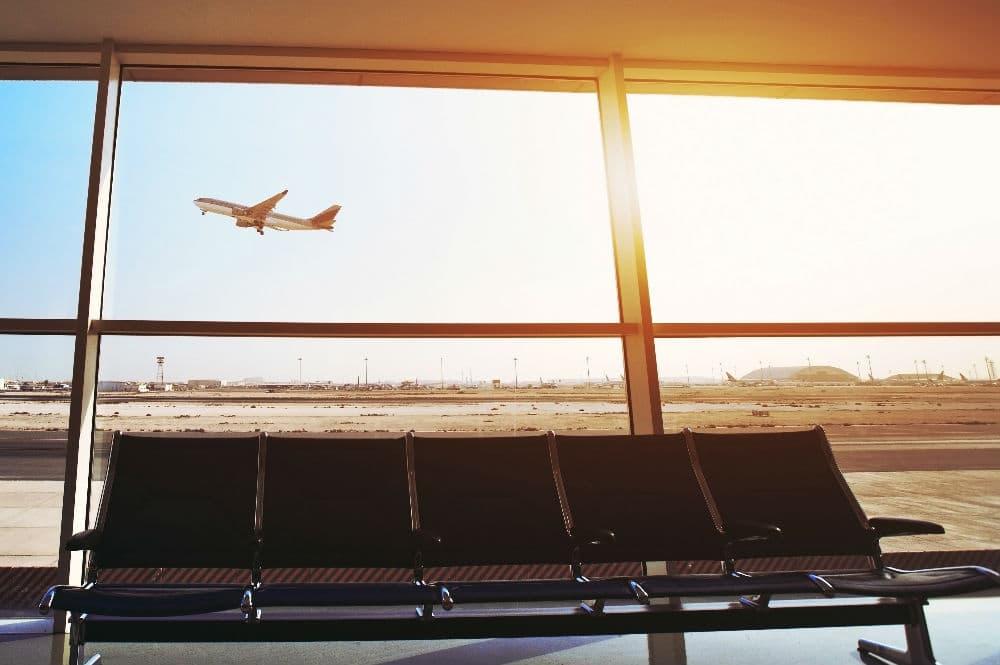 ECA Body Lounge Airplane Take Off