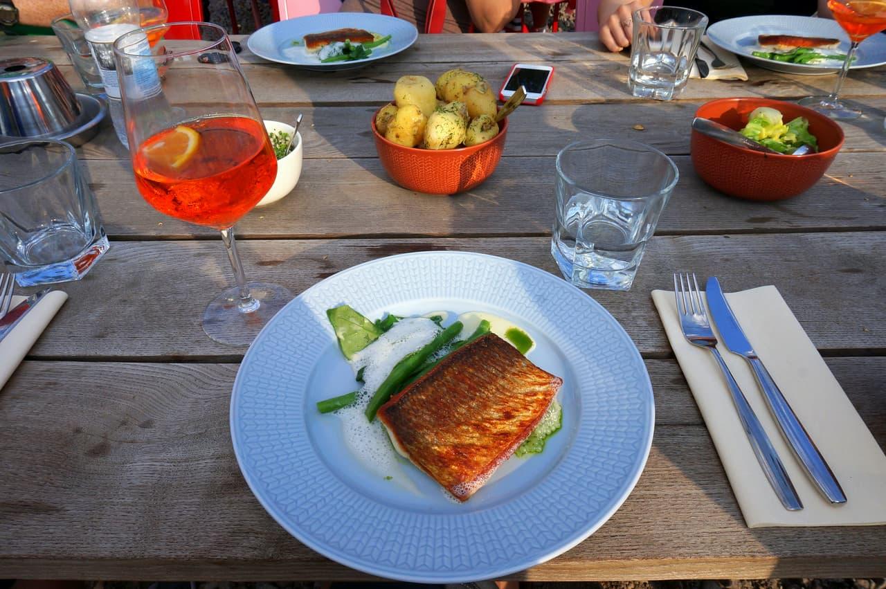 Dinner at Lonna Island