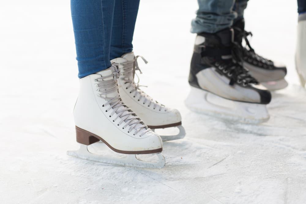 MooseJaw_IceSkating