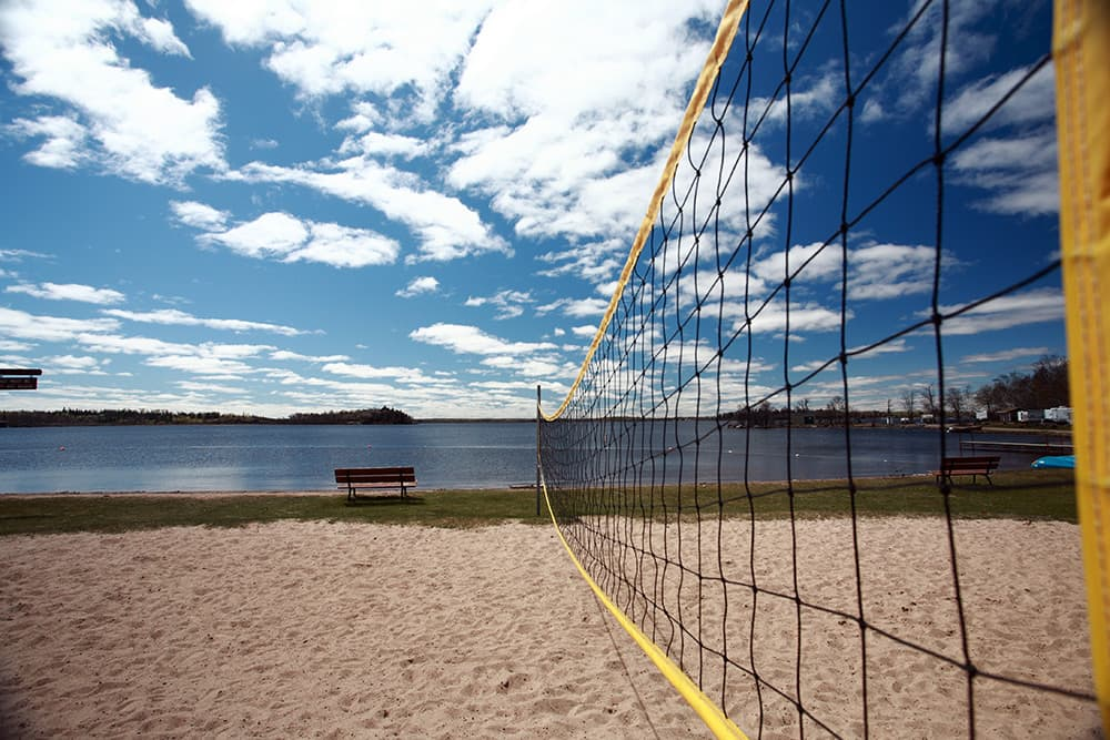 Alt text - Volleyball net at Grand Beach, Manitoba