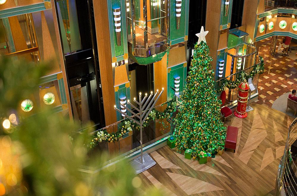 Stunning Christmas decoration at Carnival Panorama