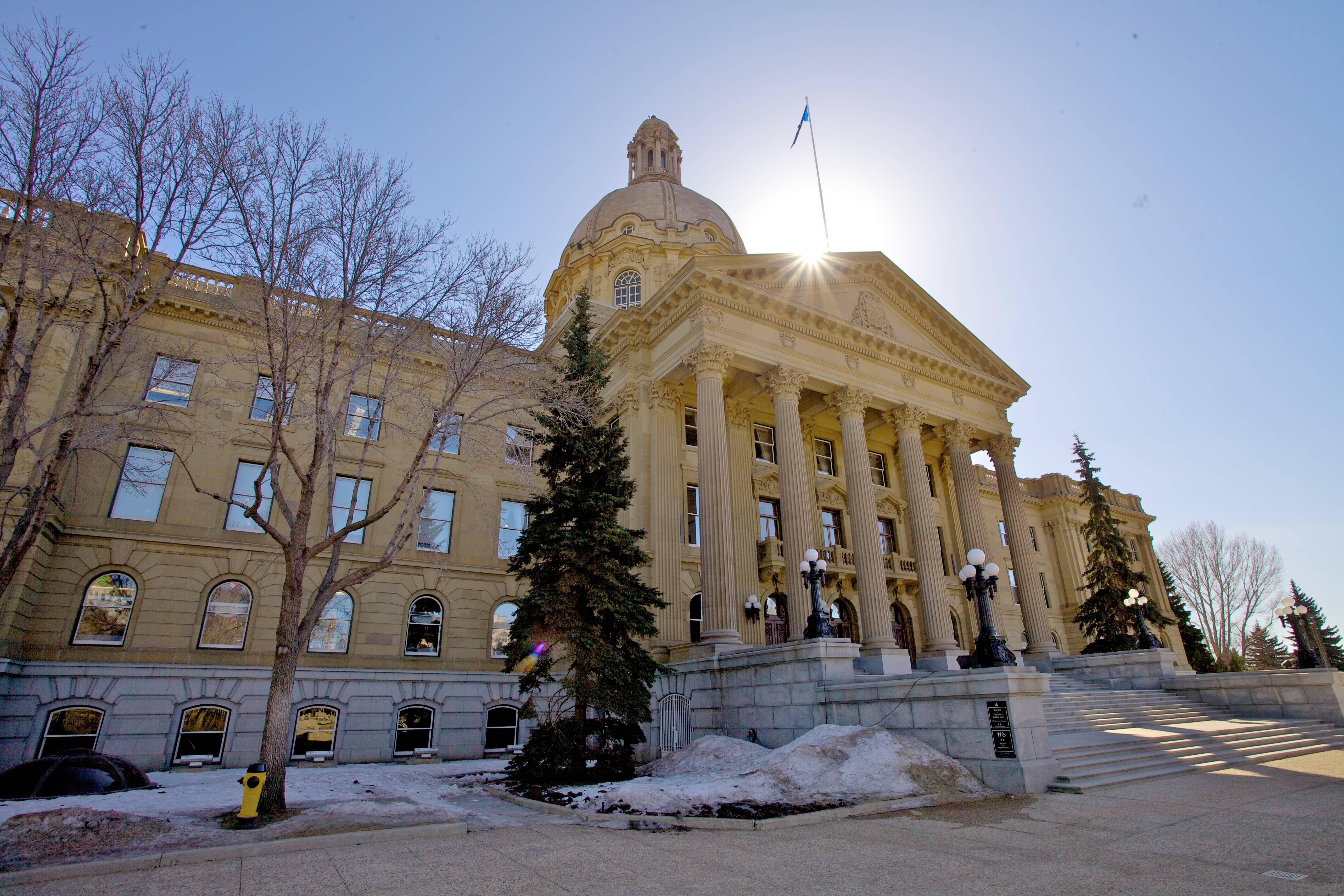 Exterior view of the Alberta Legislative Building in winter