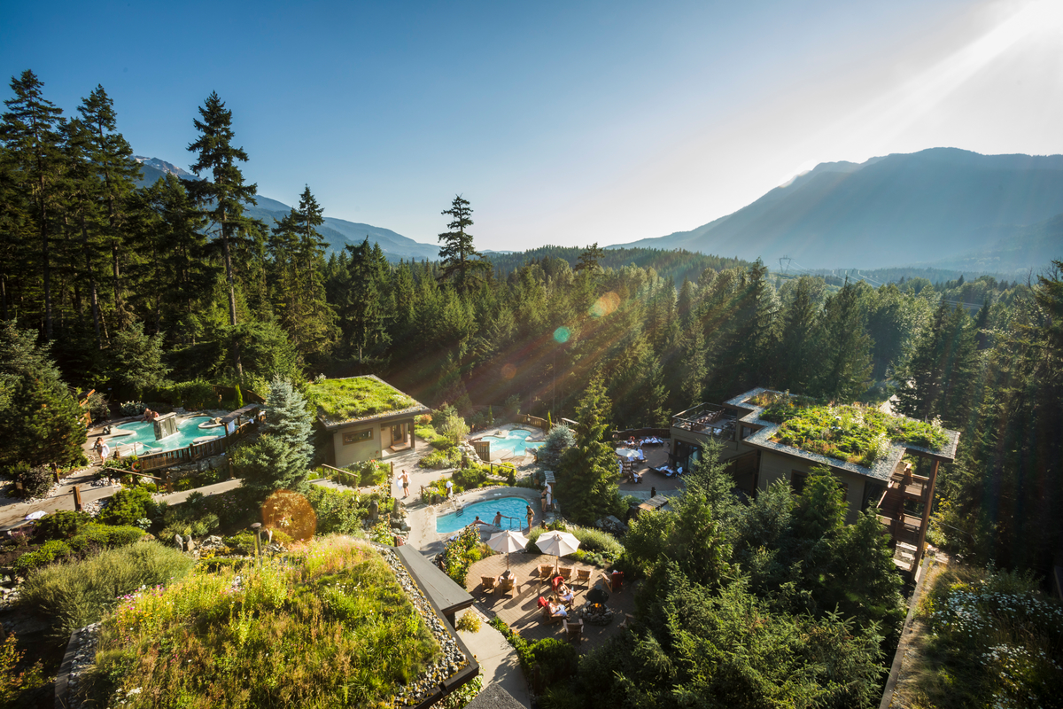 Best Outdoor Spas to Soak in Fall's Colours