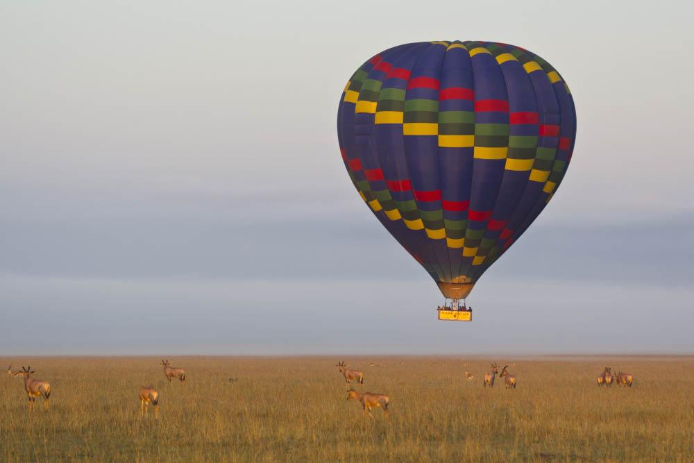 Hot-air ballooning over the Serengeti, Tanzania